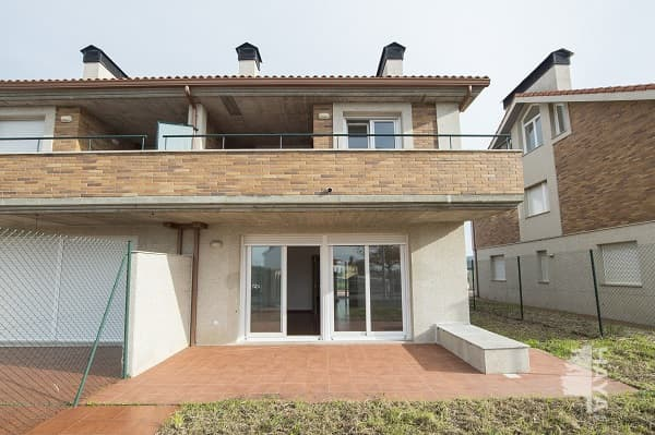 Casa en venta en Oleiros, A Coruña, Avenida Maria Pita, 282.000 €, 4 habitaciones, 4 baños, 344 m2