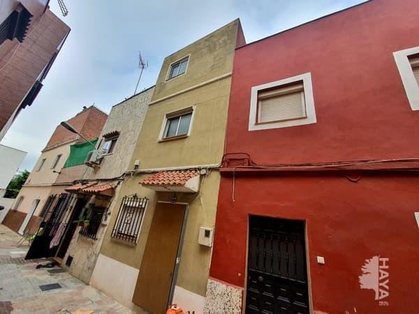 Piso en venta en Algeciras, Cádiz, Calle Alejandro Farnesio, 32.000 €