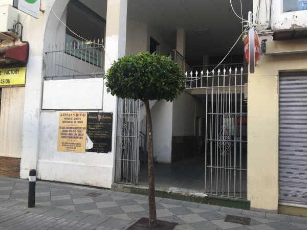 Piso en venta en Piso en Algeciras, Cádiz, 40.000 €, 4 habitaciones, 1 baño, 89 m2