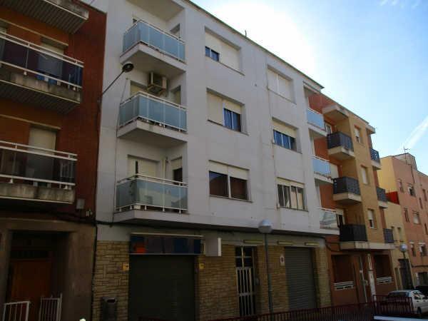 Piso en venta en Piso en Tarragona, Tarragona, 63.000 €, 3 habitaciones, 1 baño, 113 m2