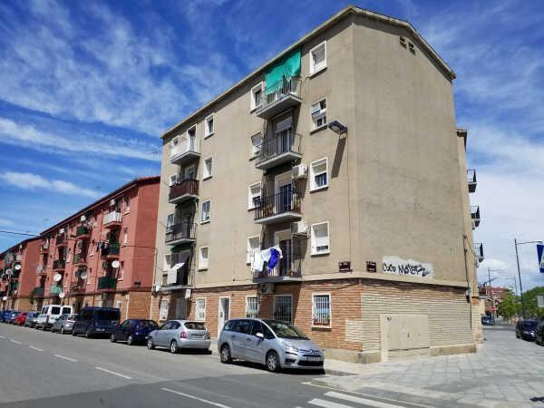 Piso en venta en Pardinyes, Lleida, Lleida, Calle Anastasio Pinos, 63.000 €, 3 habitaciones, 1 baño, 63 m2