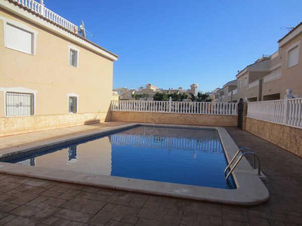 Piso en venta en Formentera del Segura, Alicante, Calle Virgen del Rosario, 45.220 €, 2 habitaciones, 1 baño, 72 m2