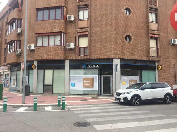 Local en venta en Local en Parla, Madrid, 270.000 €, 71 m2