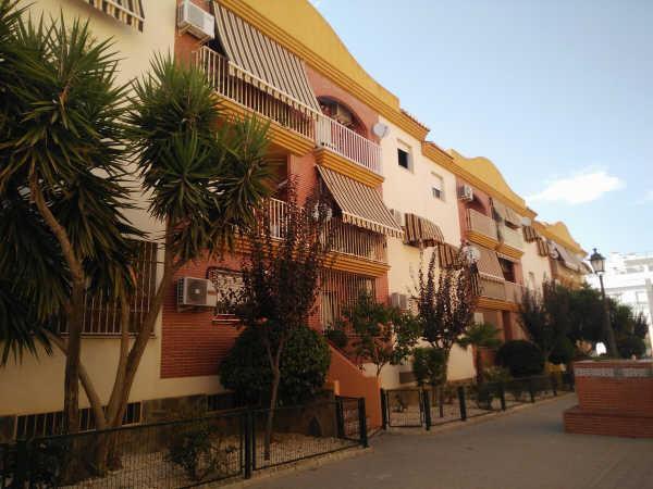 Piso en venta en Armilla, Granada, Calle Naranjo Edif. San Miguel Iii, 69.500 €, 3 habitaciones, 1 baño, 90 m2