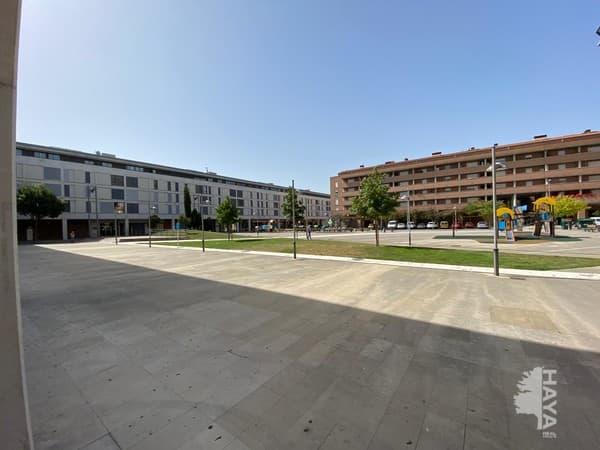 Piso en venta en Etxebakar, Berriozar, Navarra, Plaza Donantes de Navarra, 130.000 €, 87 m2