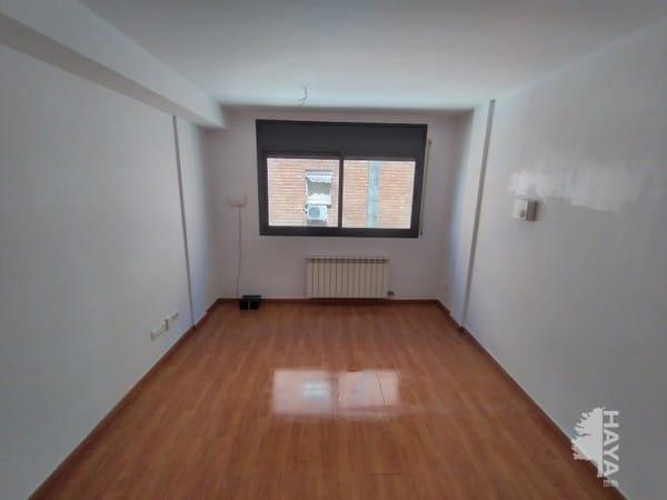 Piso en venta en El Secà de Sant Pere, Lleida, Lleida, Calle Casagualda, 75.000 €, 2 habitaciones, 2 baños, 78 m2