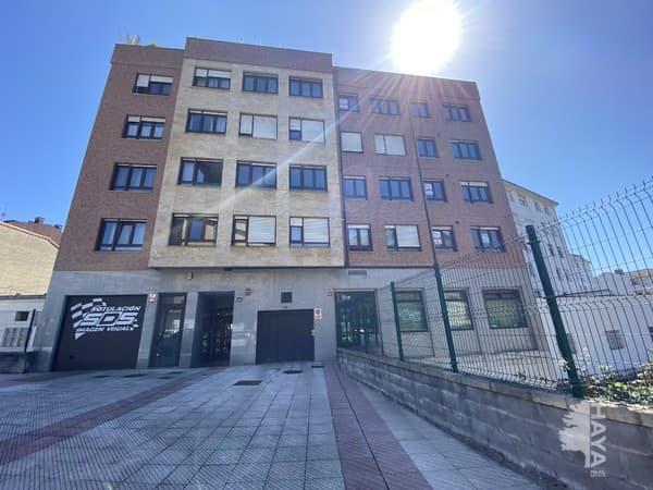 Piso en venta en El Cristo Y Buenavista, Oviedo, Asturias, Calle Marcelino Suarez, 160.000 €, 3 habitaciones, 2 baños, 112 m2
