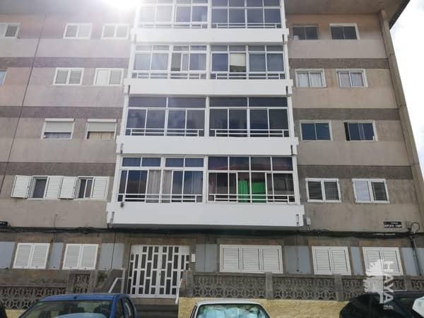 Piso en venta en La Paterna, la Palmas de Gran Canaria, Las Palmas, Calle Ruperto Chapi, 72.800 €, 3 habitaciones, 1 baño, 77 m2