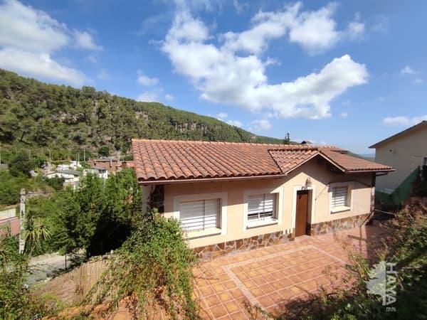 Casa en venta en Vallirana, Barcelona, Calle Puigmal, 260.400 €, 4 habitaciones, 2 baños, 169 m2