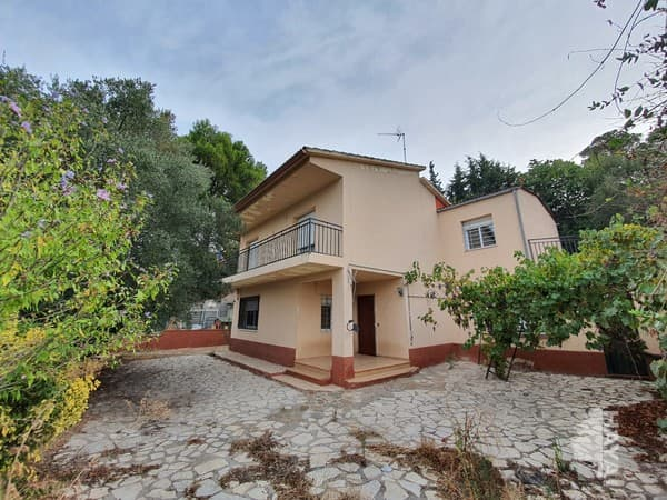 Casa en venta en Viladecavalls, Barcelona, Calle Barcelona, 441.600 €, 4 habitaciones, 2 baños, 132 m2