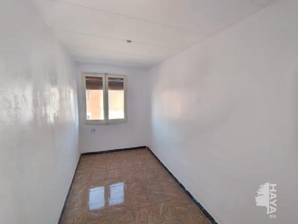 Piso en venta en Piso en Sabadell, Barcelona, 67.000 €, 3 habitaciones, 1 baño, 67 m2