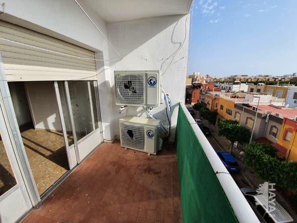 Piso en venta en Piso en El Ejido, Almería, 49.000 €, 4 habitaciones, 2 baños, 113 m2
