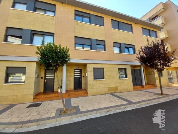 Casa en venta en Haro, La Rioja, Calle Luis Cernuda, 189.000 €, 4 habitaciones, 5 baños, 198 m2