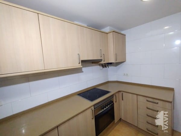 Piso en venta en Piso en L` Hospitalet de Llobregat, Barcelona, 72.700 €, 3 habitaciones, 1 baño, 55 m2