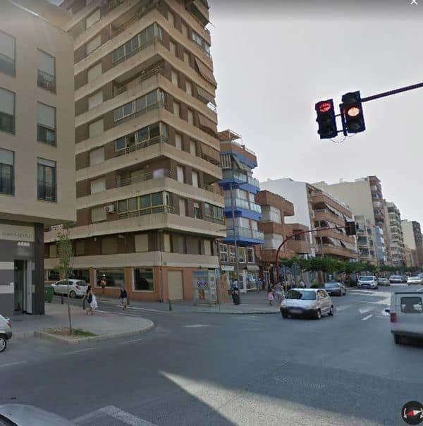 Piso en venta en Villena, Alicante, Calle Constitucion, 78.600 €, 4 habitaciones, 1 baño, 146 m2