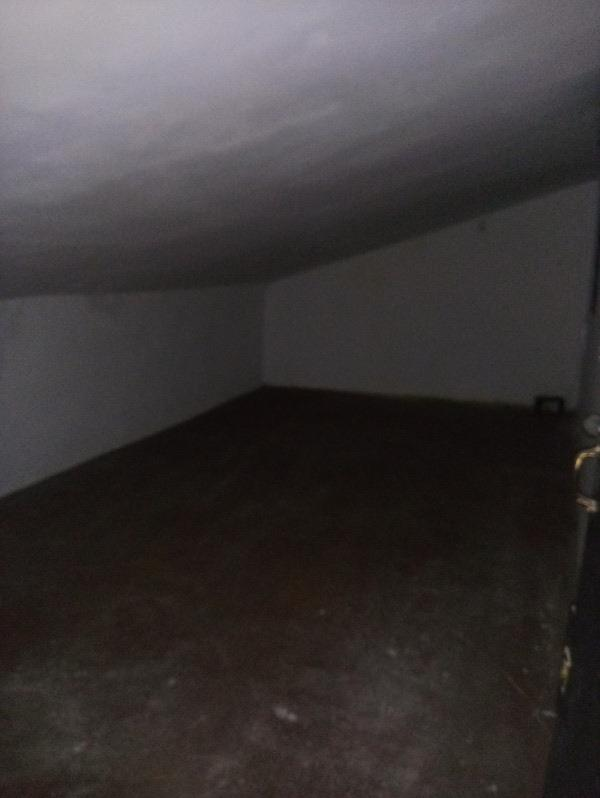 Piso en venta en Piso en Oviedo, Asturias, 68.000 €, 3 habitaciones, 1 baño, 79 m2