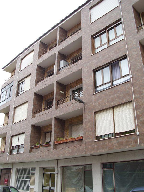 Piso en venta en Somahoz, los Corrales de Buelna, Cantabria, Calle Jose Maria Quijano, 56.900 €, 3 habitaciones, 1 baño, 107 m2