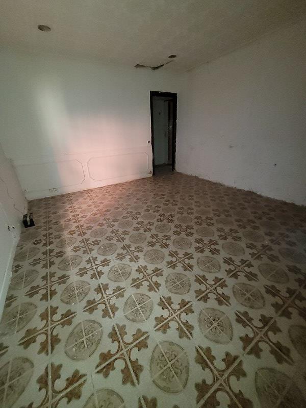 Piso en venta en Piso en Zaragoza, Zaragoza, 88.000 €, 3 habitaciones, 1 baño, 78 m2