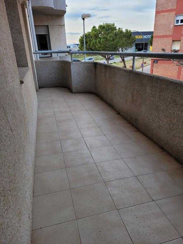 Piso en venta en Piso en Tàrrega, Lleida, 98.000 €, 3 habitaciones, 2 baños, 104 m2, Garaje