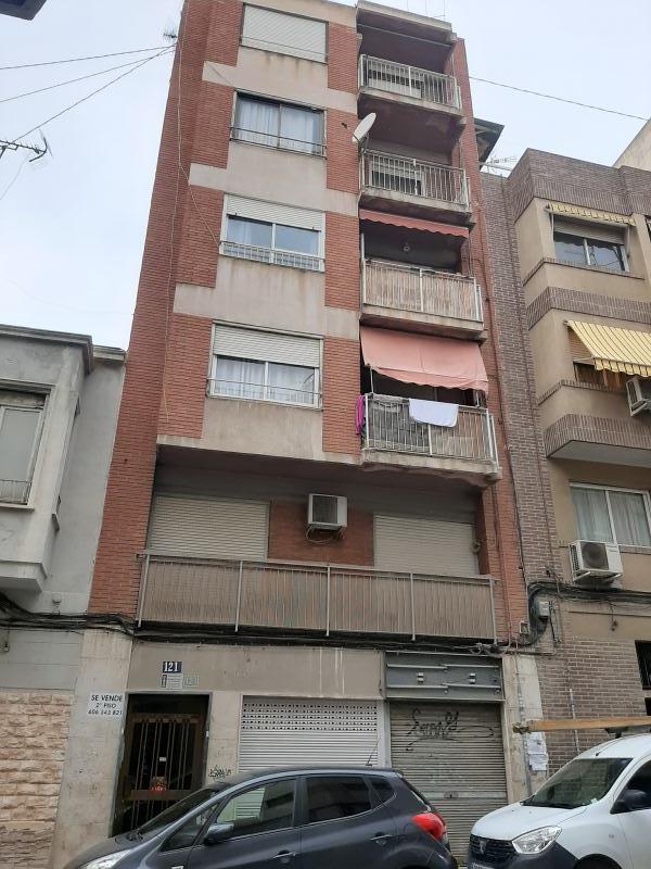 Piso en venta en Casco Antiguo, Alicante/alacant, Alicante, Calle Sevilla, 67.000 €, 2 habitaciones, 1 baño, 109 m2
