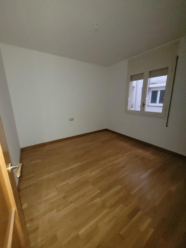 Piso en venta en Piso en Mollerussa, Lleida, 110.000 €, 4 habitaciones, 2 baños, 128 m2
