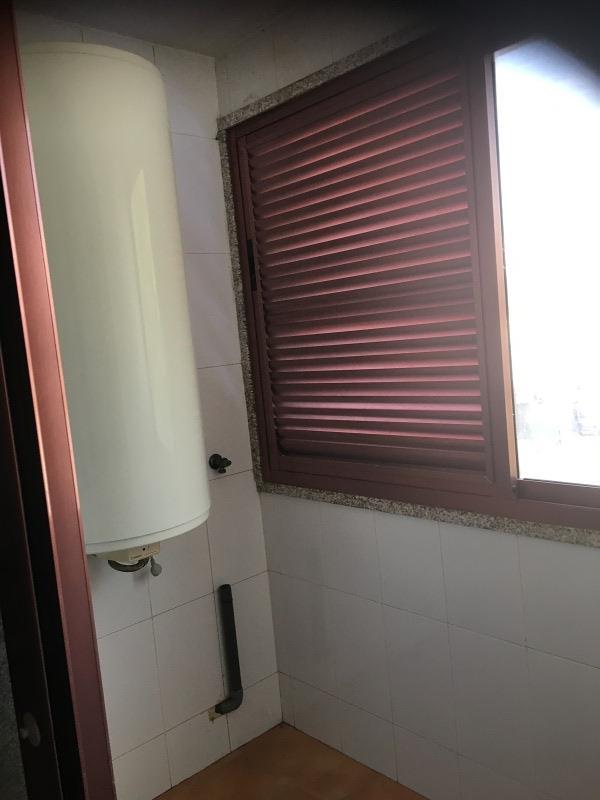 Piso en venta en Piso en Catoira, Pontevedra, 102.000 €, 3 habitaciones, 2 baños, 124 m2