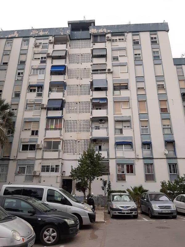 Piso en venta en Los Ángeles, Alicante/alacant, Alicante, Calle Plaza Lo Morant, 81.000 €, 3 habitaciones, 1 baño, 91 m2
