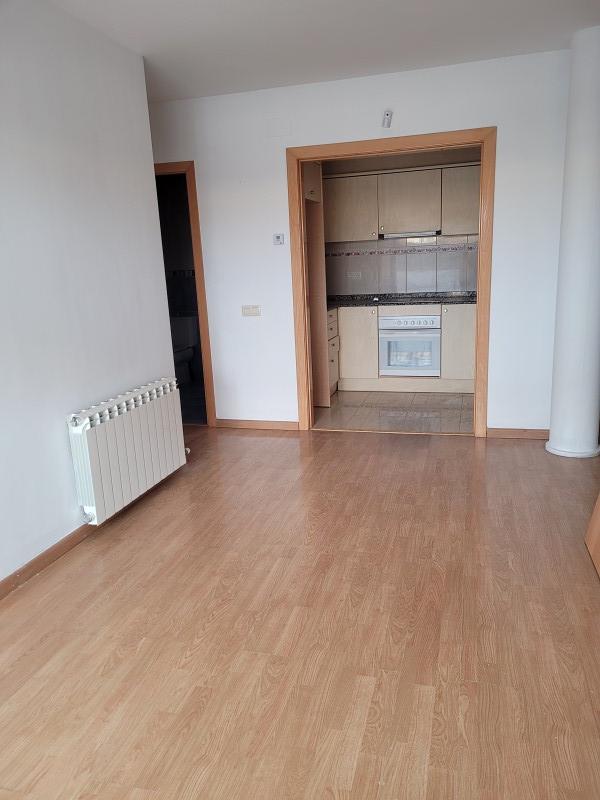 Piso en venta en Piso en Almacelles, Lleida, 79.000 €, 2 habitaciones, 1 baño, 64 m2, Garaje