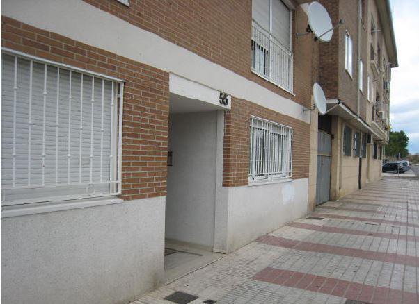 Piso en venta en Piso en Azuqueca de Henares, Guadalajara, 116.000 €, 1 habitación, 1 baño, 84 m2