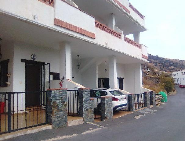 Piso en venta en Ohanes, Almería, Calle Mezquita, 42.500 €, 67 m2