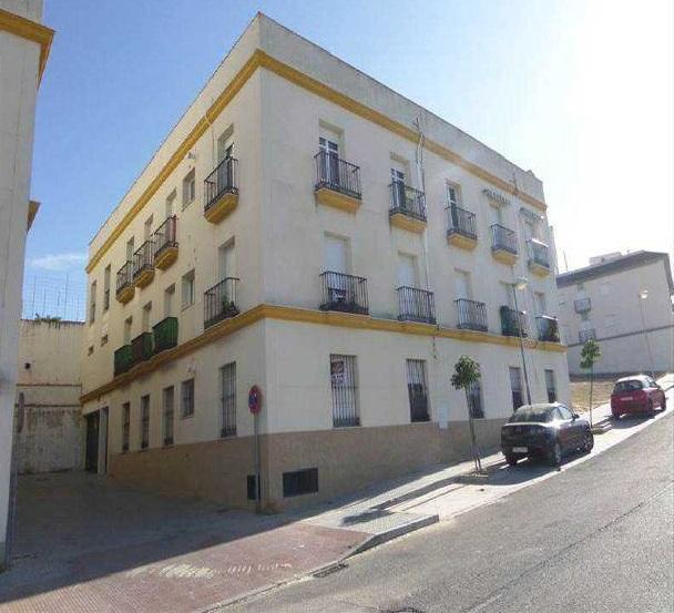Piso en venta en La Rambla, la Rambla, Córdoba, Calle El Álamo, 70.000 €, 3 habitaciones, 1 baño, 134 m2
