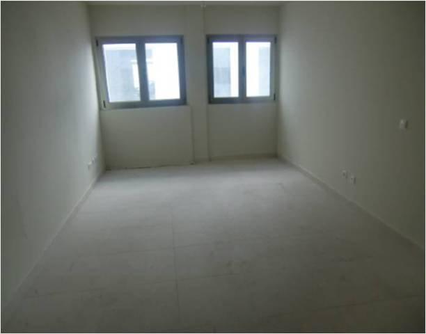 Piso en venta en Piso en Arrecife, Las Palmas, 115.000 €, 3 habitaciones, 2 baños, 98 m2