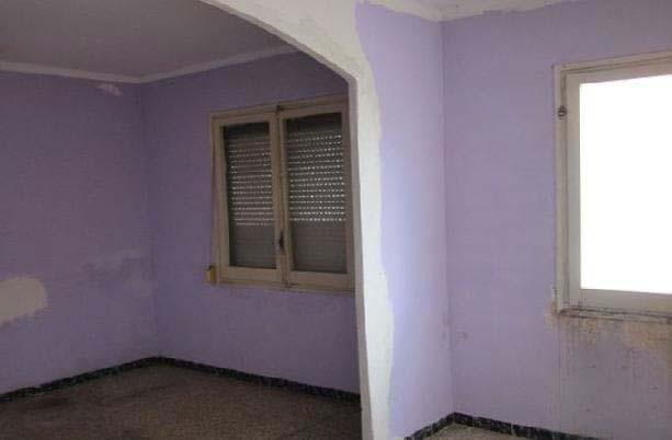 Piso en venta en Piso en Reus, Tarragona, 73.600 €, 2 habitaciones, 1 baño, 89 m2