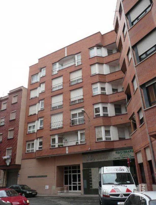 Piso en venta en Allende, Miranda de Ebro, Burgos, Calle Monte Gorbea, 83.600 €, 2 habitaciones, 1 baño, 73 m2