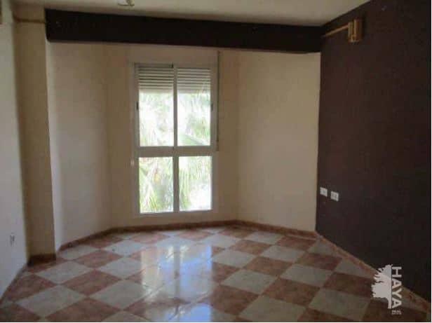 Piso en venta en La Alfoquia, Zurgena, Almería, Avenida 19 de Octubre, 95.900 €, 4 habitaciones, 2 baños, 156 m2
