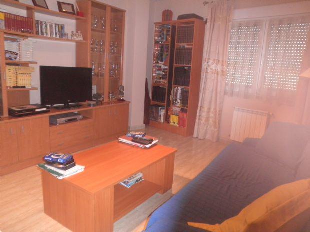 Piso en venta en Piso en Tomelloso, Ciudad Real, 60.000 €, 2 habitaciones, 1 baño, 75 m2