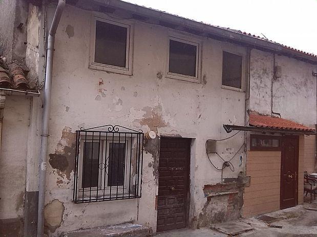 Casa en venta en Los Corrales de Buelna, Cantabria, Calle Almirante Pero Niño, 15.000 €, 3 habitaciones, 2 baños, 76 m2