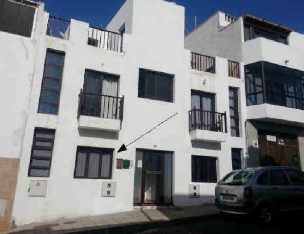 Piso en venta en San Francisco Javier, Arrecife, Las Palmas, Calle Fernando El Catolico, 80.000 €, 2 habitaciones, 1 baño, 73 m2