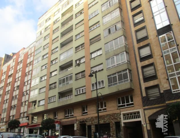 Piso en venta en Llaranes, Avilés, Asturias, Calle Severo Ochoa, 93.800 €, 3 habitaciones, 1 baño, 124 m2