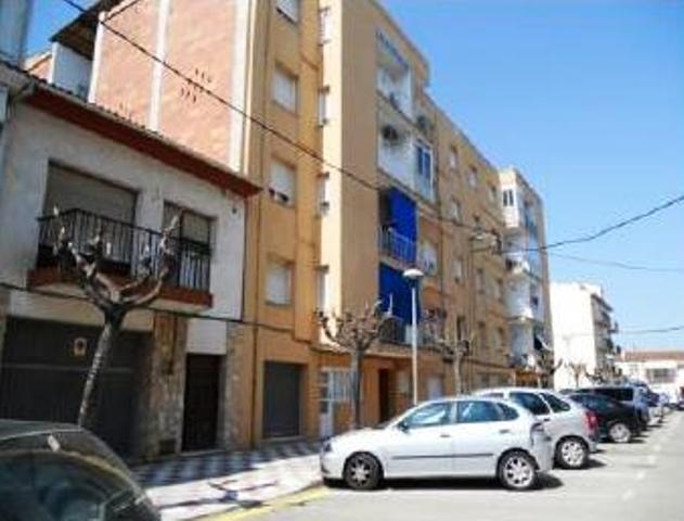Piso en venta en Can Figueres Nou, Maçanet de la Selva, Girona, Calle Fira, 80.000 €, 3 habitaciones, 1 baño, 73 m2