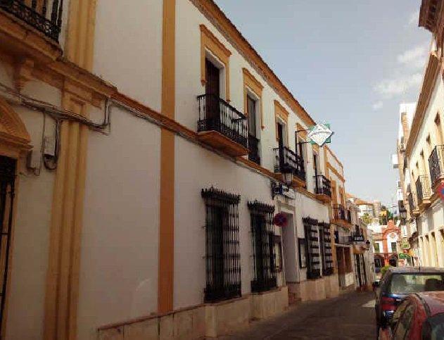 Casa en venta en Villamartín, Cádiz, Calle El Santo, 300.000 €, 7 habitaciones, 1 baño, 942 m2