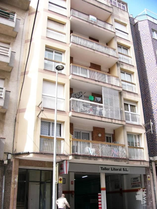 Piso en venta en Poblenou, Pineda de Mar, Barcelona, Avenida Mediterrani, 75.800 €, 4 habitaciones, 1 baño, 82 m2
