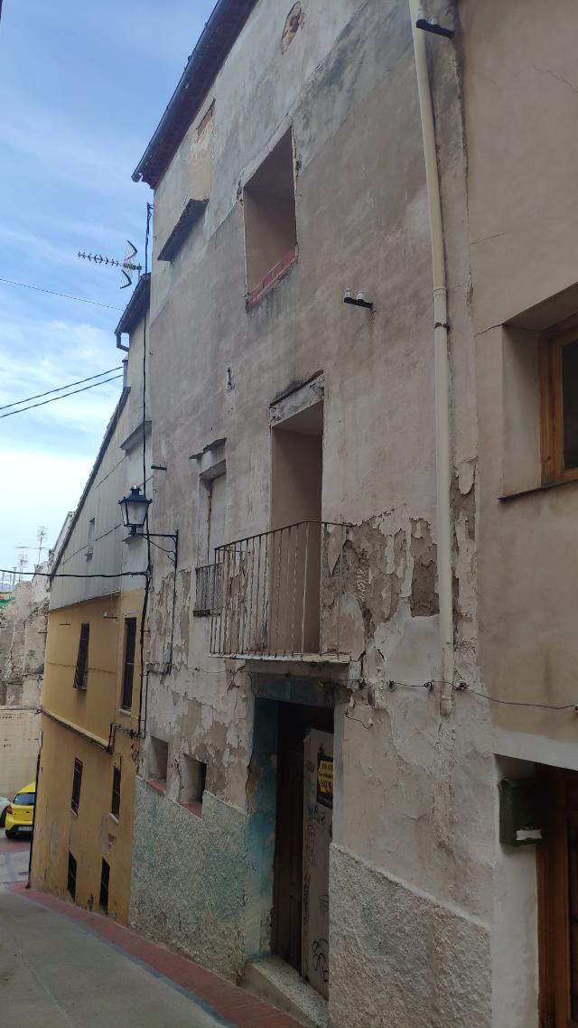 Piso en venta en Estacio Nord, Cocentaina, Alicante, Calle Subida A la Cuesta, 31.900 €, 7 habitaciones, 3 baños, 264 m2