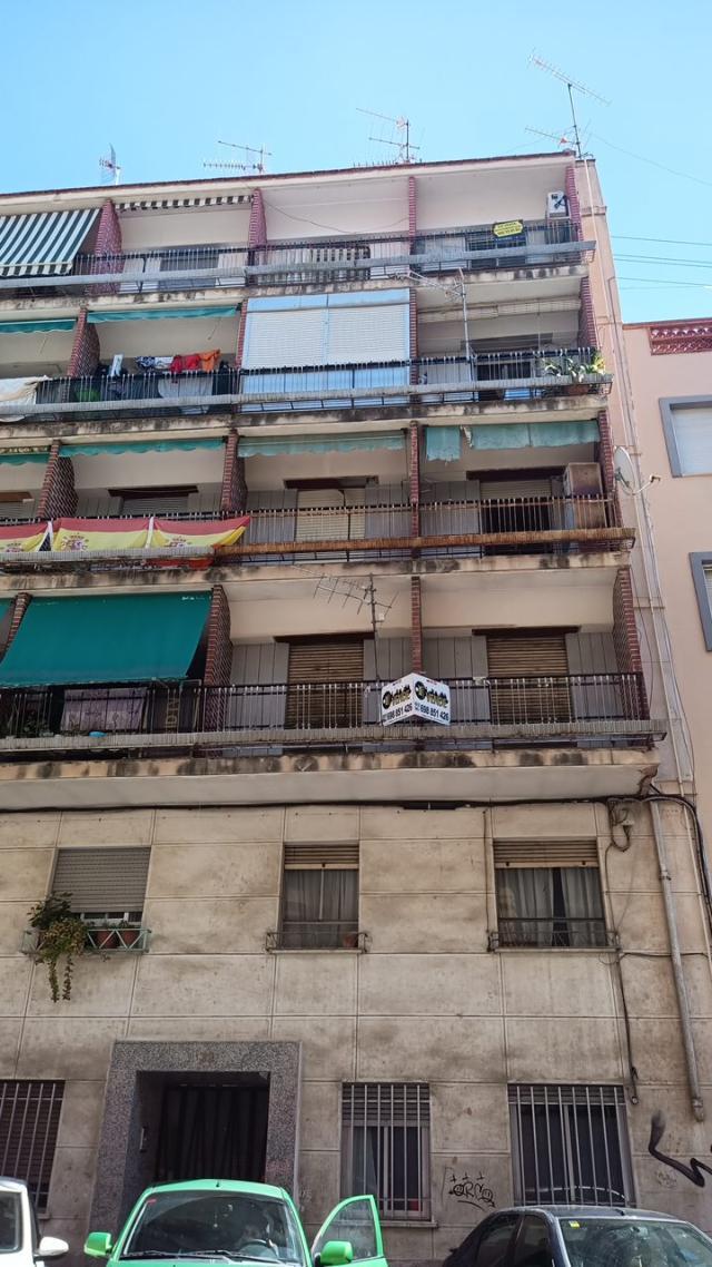Piso en venta en Alcoy/alcoi, Alicante, Calle Joaquim Sorolla, 25.900 €, 2 habitaciones, 1 baño, 81 m2