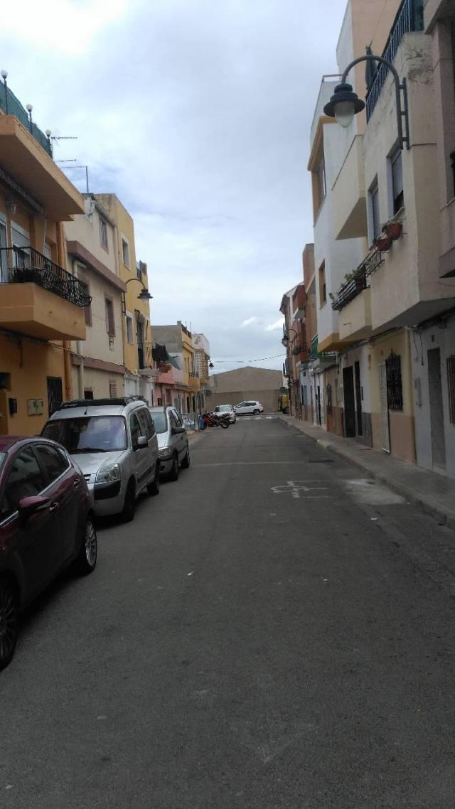 Piso en venta en Piso en Quart de Poblet, Valencia, 115.000 €, 3 habitaciones, 1 baño, 139 m2