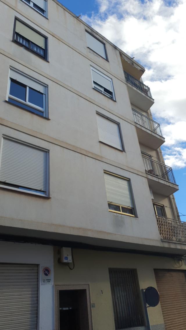 Piso en venta en Petrer, Petrer, Alicante, Calle Lleo, 45.600 €, 4 habitaciones, 1 baño, 108 m2