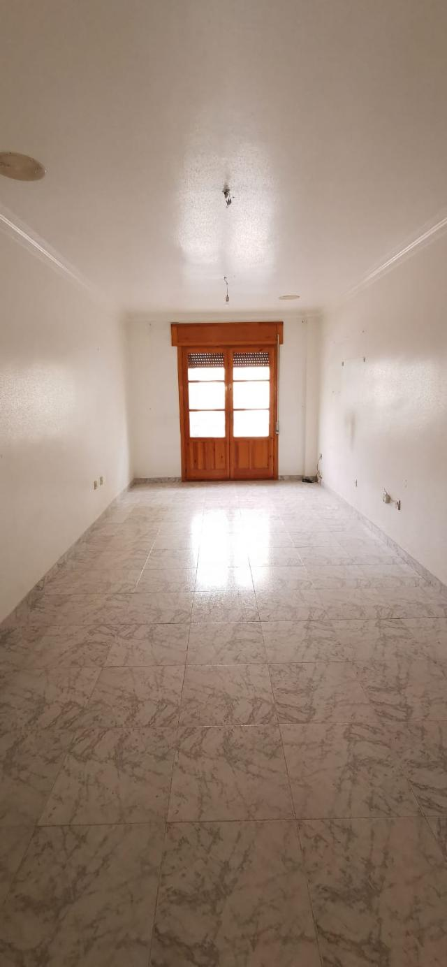 Piso en venta en Piso en Albox, Almería, 48.000 €, 3 habitaciones, 2 baños, 82 m2