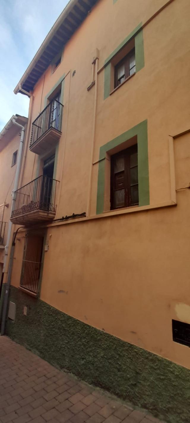Piso en venta en Berga, Barcelona, Calle Castellar del Riu, 53.700 €, 3 habitaciones, 2 baños, 82 m2