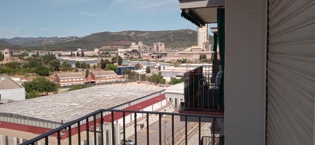 Piso en venta en Piso en Sant Vicenç Dels Horts, Barcelona, 128.115 €, 3 habitaciones, 1 baño, 70 m2