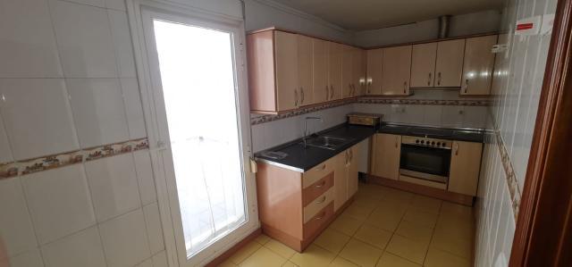 Piso en venta en Piso en Reus, Tarragona, 79.000 €, 2 habitaciones, 1 baño, 68 m2